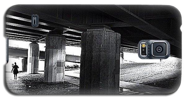 Light Galaxy S5 Case - Under The Bridge#bw# #walk #light by A Rey