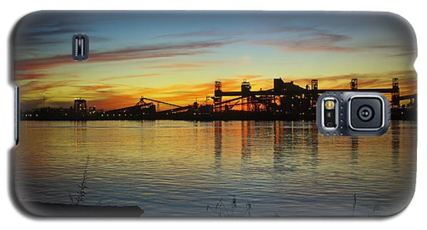 Galaxy S5 Case featuring the pyrography Uptown New Orleans by Ray Devlin