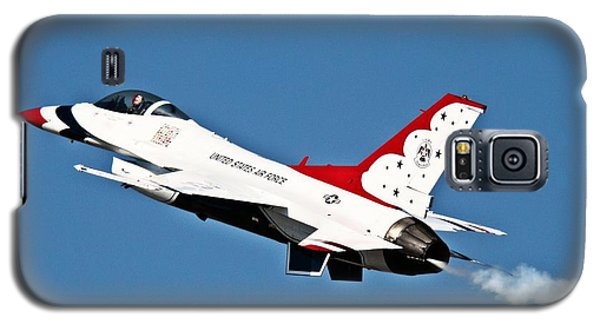 Galaxy S5 Case featuring the photograph Usaf Thunderbird F-16 by Nick Kloepping