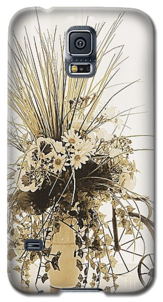 Vase With Flowers On A Window Table Galaxy S5 Case