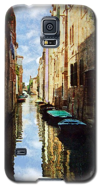 Galaxy S5 Case featuring the photograph Venice Canal by Deborah Smith