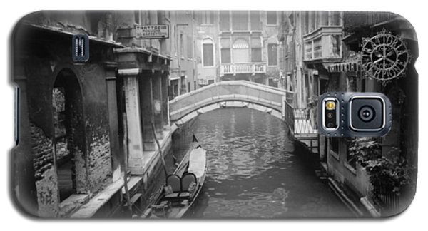 Galaxy S5 Case featuring the photograph Venice Canal by Emanuel Tanjala