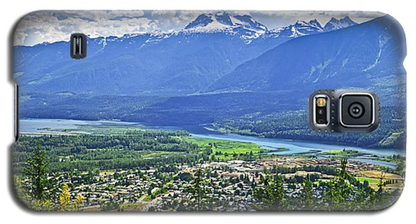 Town Galaxy S5 Case - View Of Revelstoke In British Columbia by Elena Elisseeva