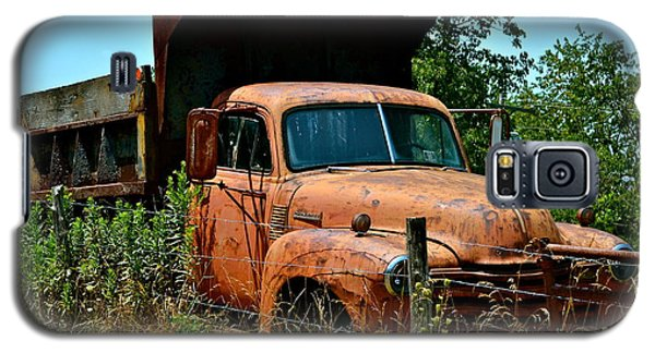 Galaxy S5 Case featuring the photograph Vintage Old Time Truck by Peggy Franz