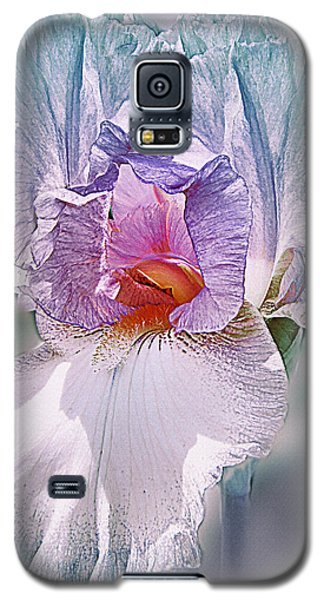 Galaxy S5 Case featuring the digital art Warm Hearted by Mary Almond