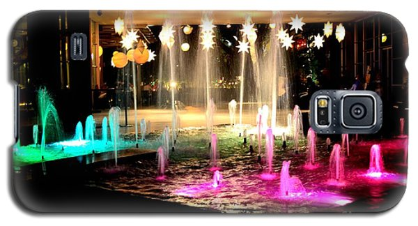 Water Fountain With Stars And Blue Green With Pink Lights Galaxy S5 Case