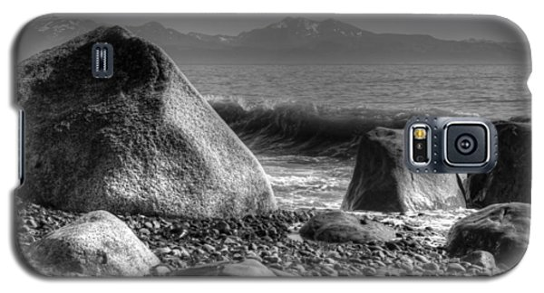 Galaxy S5 Case featuring the photograph Waves At Diamond Beach by Michele Cornelius