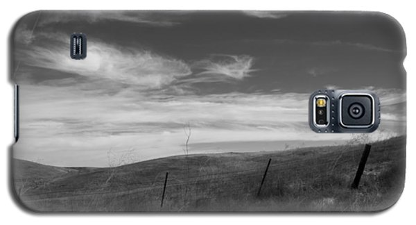 Galaxy S5 Case featuring the photograph Whipping Up The Hillside by Kathleen Grace
