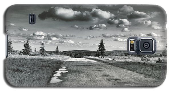 Galaxy S5 Case featuring the photograph Winding Road by Mary Almond