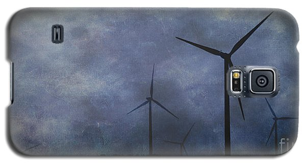 Windmills. Galaxy S5 Case