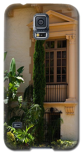 Galaxy S5 Case featuring the photograph Window At The Biltmore by Ed Gleichman