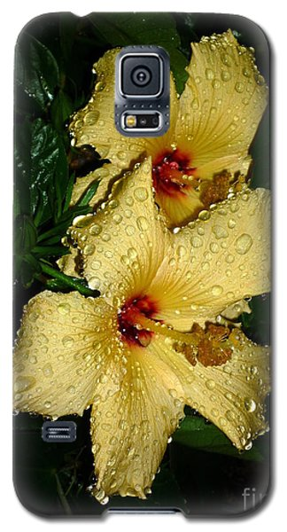 Galaxy S5 Case featuring the photograph Yellow Hibiscus After The Rain by Renee Trenholm
