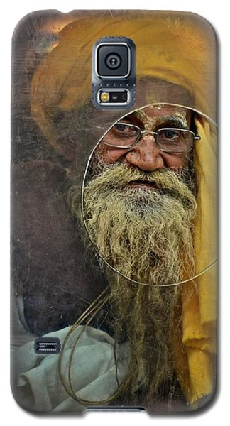 Yellow Turban At The Window Galaxy S5 Case by Valerie Rosen