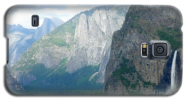 Yosemite Bridalveil Fall Galaxy S5 Case