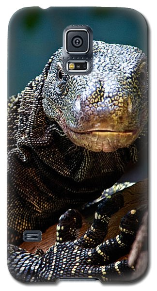 A Crocodile Monitor Portrait Galaxy S5 Case by Lana Trussell