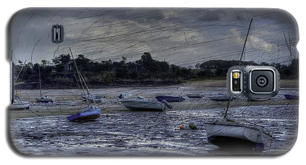 Boats On The Beach In November Galaxy S5 Case