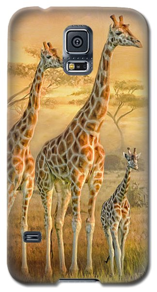 Galaxy S5 Case featuring the digital art  Giraffe Family by Trudi Simmonds