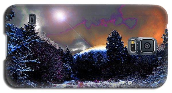 Moonrise On Kiva Mountain Galaxy S5 Case by Susanne Still