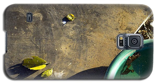 Galaxy S5 Case featuring the photograph  Three Is Family by Prakash Ghai
