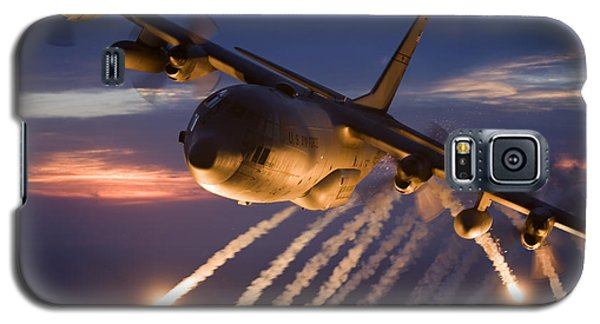 A C-130 Hercules Releases Flares Galaxy S5 Case