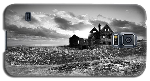 Abandoned Farm On The Snaefellsnes Peninsula Galaxy S5 Case