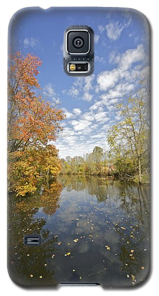 Autumn Colors On The Delaware And Raritan Canal Galaxy S5 Case