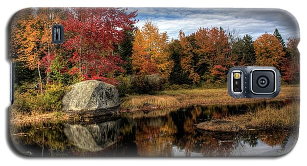 Autumn In Maine Galaxy S5 Case by Greg DeBeck