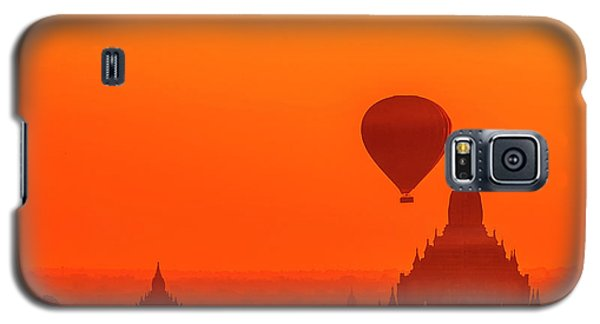 Bagan Pagodas And Hot Air Balloon Galaxy S5 Case