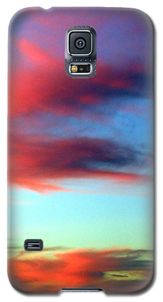 Galaxy S5 Case featuring the photograph Blushed Sky by Linda Hollis