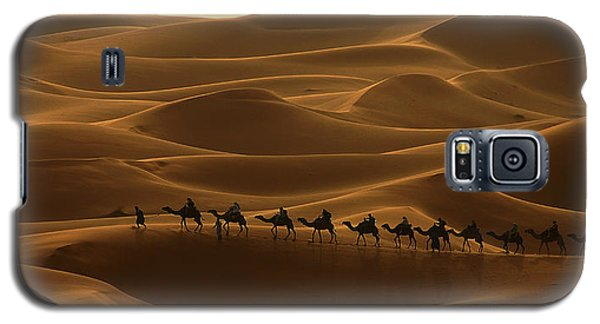 Camel Caravan In The Erg Chebbi Southern Morocco Galaxy S5 Case by Ralph A  Ledergerber-Photography