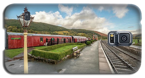 Galaxy S5 Case featuring the photograph Carrog Railway Station by Adrian Evans