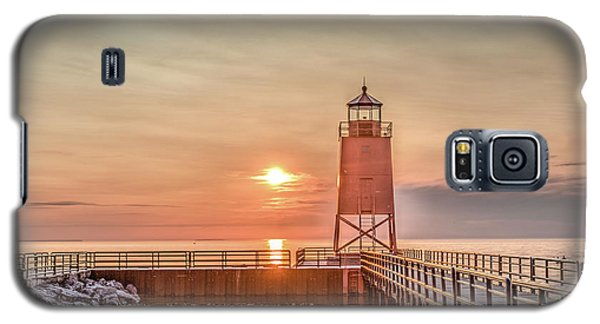 Charelvoix Lighthouse In Charlevoix, Michigan Galaxy S5 Case