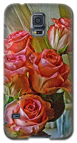 Galaxy S5 Case featuring the photograph Cindy's Roses by Bonnie Willis
