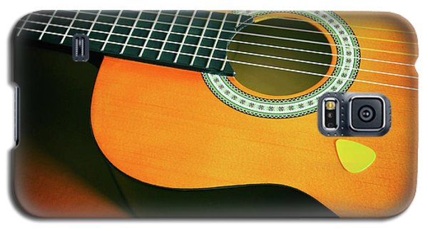 Galaxy S5 Case featuring the photograph Classic Guitar  by Carlos Caetano