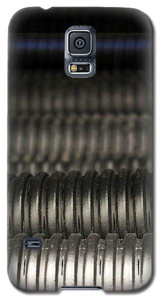 Corrugated Drain Pipe-deep Galaxy S5 Case