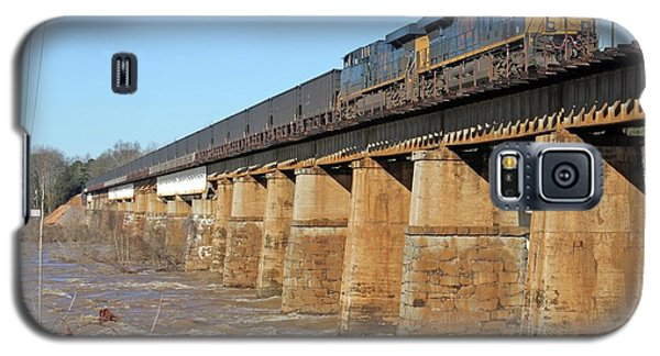 Csx Coal Train On A Bridge Galaxy S5 Case