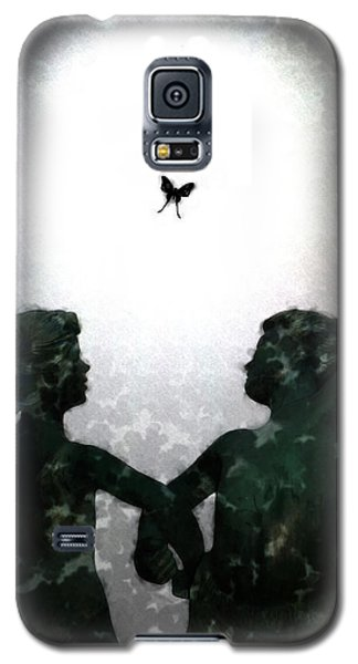 Galaxy S5 Case featuring the digital art Dancing Silhouettes by Holly Ethan
