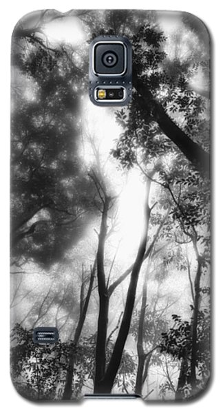 Galaxy S5 Case featuring the photograph Dejavu by Hayato Matsumoto