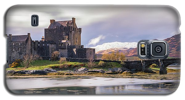 Eilean Donan Castle, Dornie, Kyle Of Lochalsh, Isle Of Skye, Scotland, Uk Galaxy S5 Case