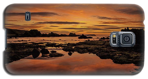 Galaxy S5 Case featuring the photograph Evenings End by Roy McPeak