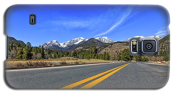 Galaxy S5 Case featuring the photograph Fall River Road With Mountain Background by Peter Ciro