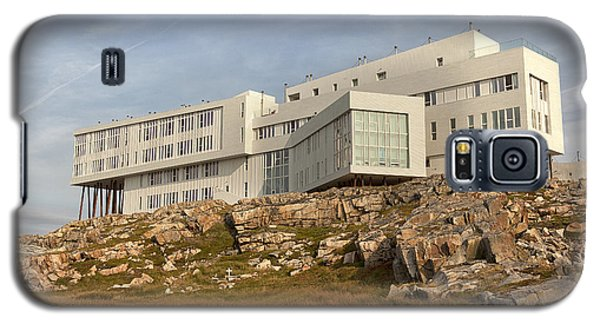Fogo Island Inn Galaxy S5 Case by Eunice Gibb