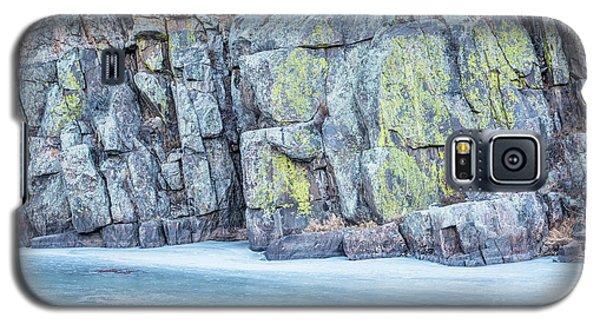 Frozen River And Rocky Cliff Galaxy S5 Case by Marek Uliasz