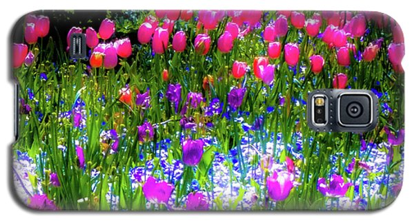Garden Flowers With Tulips Galaxy S5 Case