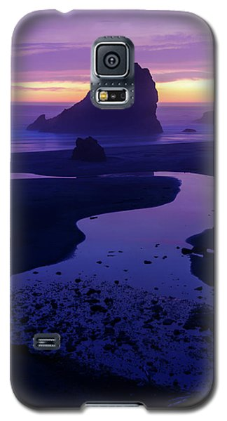 Galaxy S5 Case featuring the photograph Gem by Chad Dutson