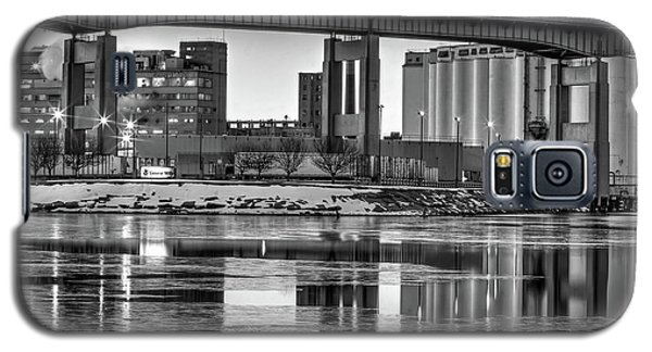 General Mills From The River Galaxy S5 Case by Don Nieman