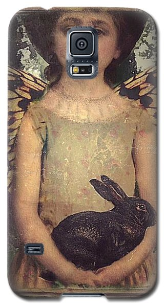 Girl In The Garden Galaxy S5 Case by Alexis Rotella