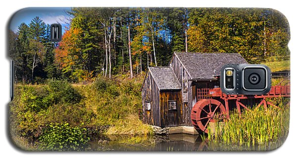 Guildhall Grist Mill In Fall Colors. Galaxy S5 Case