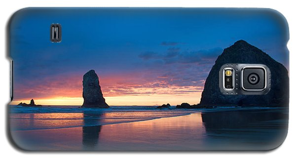 Haystack Rock Galaxy S5 Case by Jerry Cahill