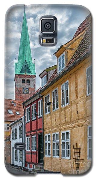 Galaxy S5 Case featuring the photograph Helsingor Narrow Street by Antony McAulay